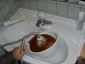 洗面所(水) 洗浄中