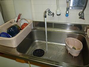2F  台所(給水管)   洗浄後