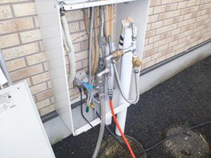 給湯器 圧縮空気の打込口 設置(拡大)