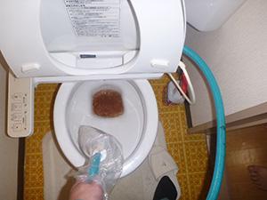 洗面水栓(給水管) 洗浄中